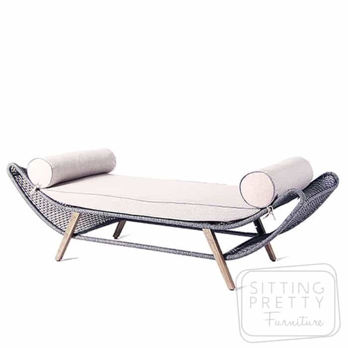 Byron Daybed