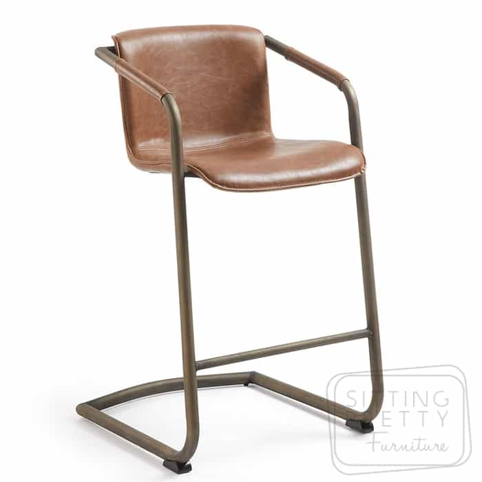 Trion Stool – Light Brown
