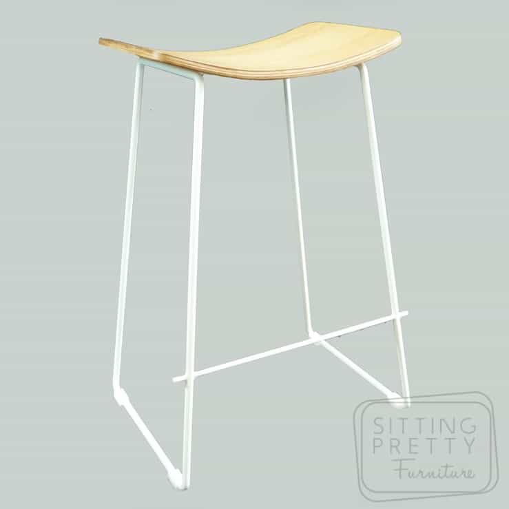 Replica Potter Counter Stool – Oak plywood seat with white legs