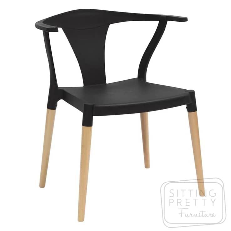 Plastic Stackable Wishbone Chair – Black
