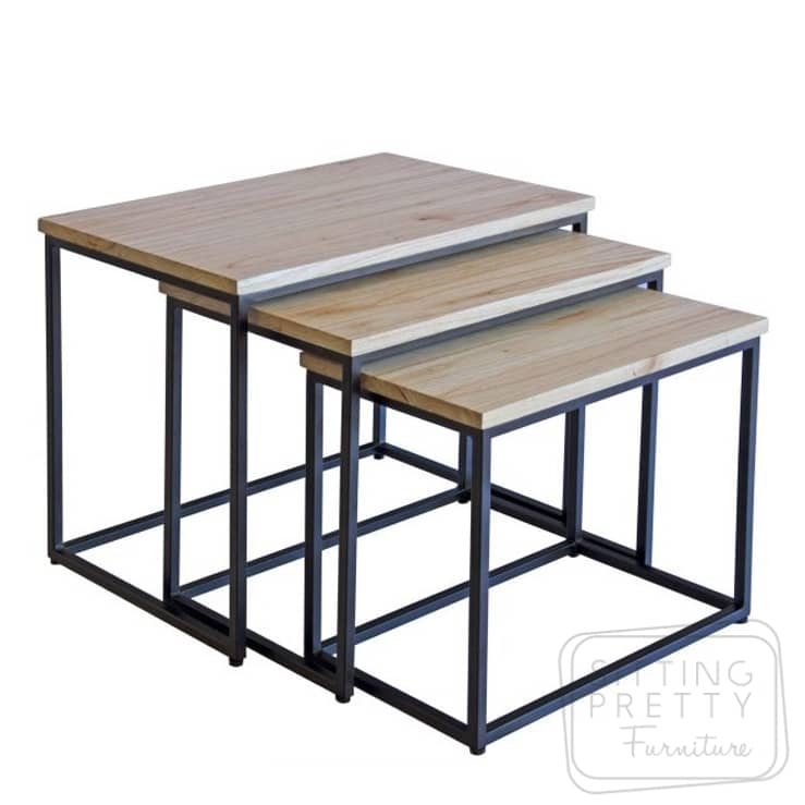 Como Nest of Tables – Black Frame