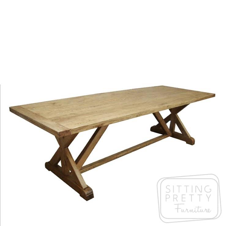 Bordeaux Oak Table – Two Sizes
