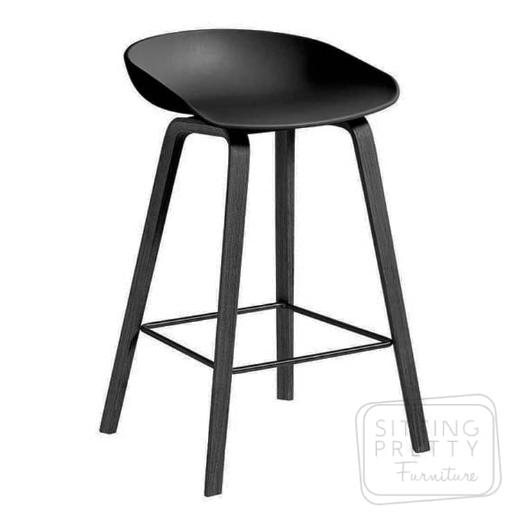 Casa Mia Stool – black seat/black leg