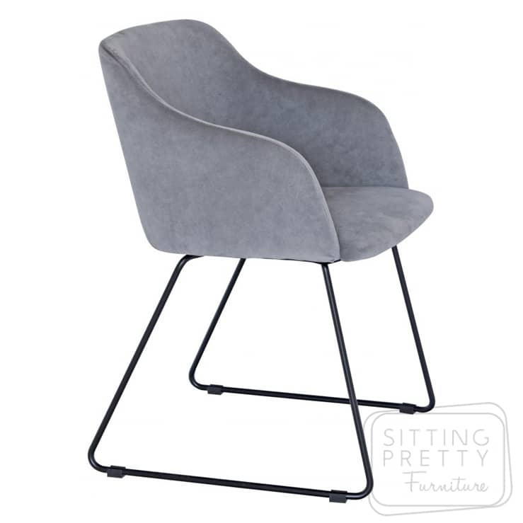 Ocean Chair – Grey Velvet/Black Legs