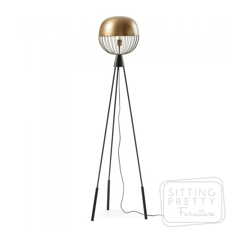 Breeza Floor Lamp – Brass by LaForma