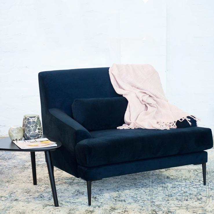 Cathedral Single Seater – Plush Navy Velvet