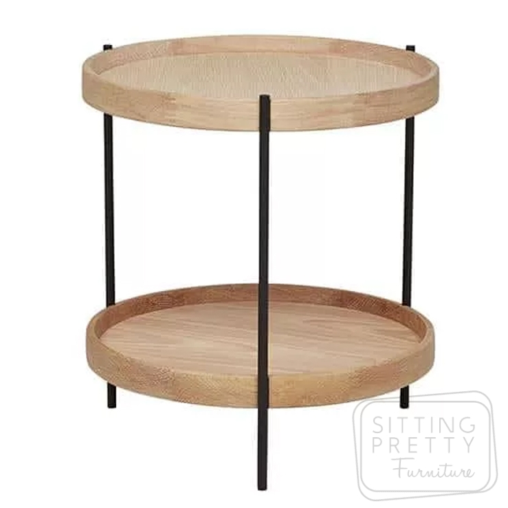 Scan American Oak Sidetable