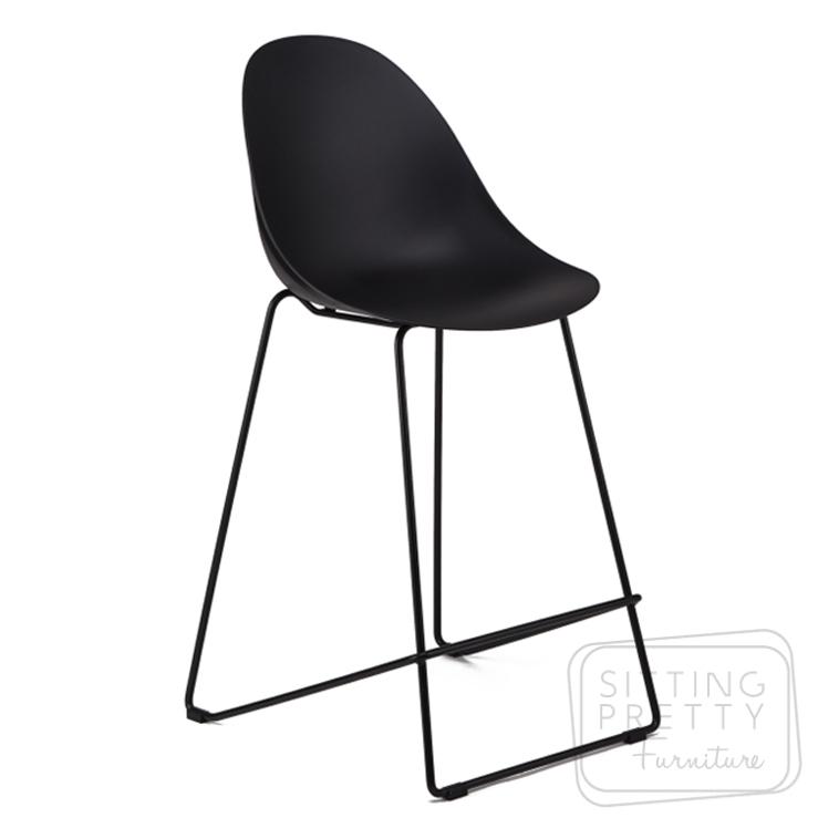 Scoop Counter Stool – Black (65cm Seat Height)