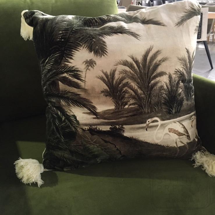 Swan Tassle Cushion – 50 x 50cm