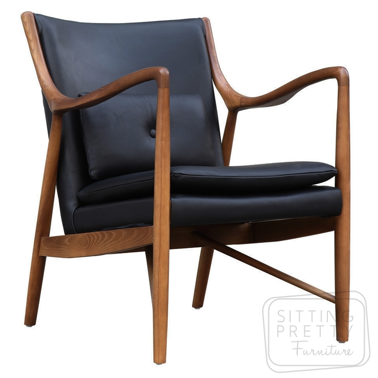 Replica Finn Juhl 45 Chair – Walnut Frame with Black PU