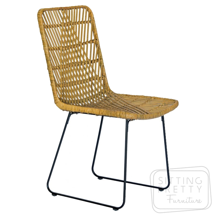 Hendro Rattan Chair – Natural