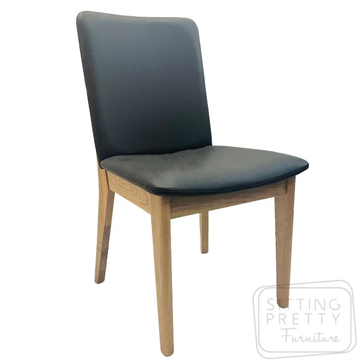 Oslo American Oak Chair – Black PU